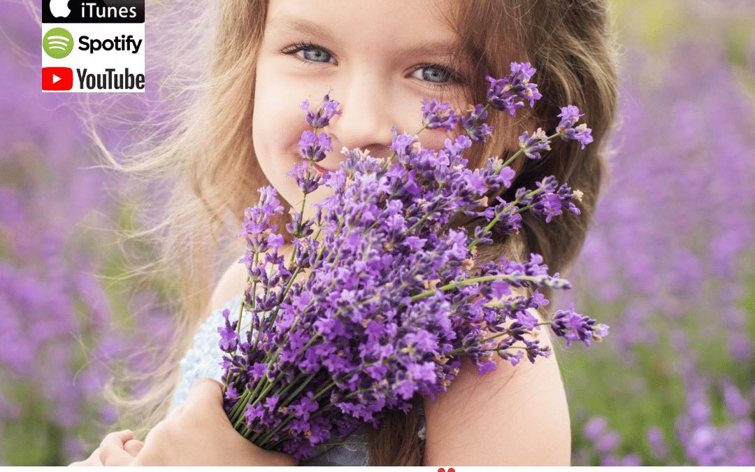 WIE DU DAS ERBLÜHEN DEINES KINDES UNTERSTÜTZT (mit Kinderosteopathie)